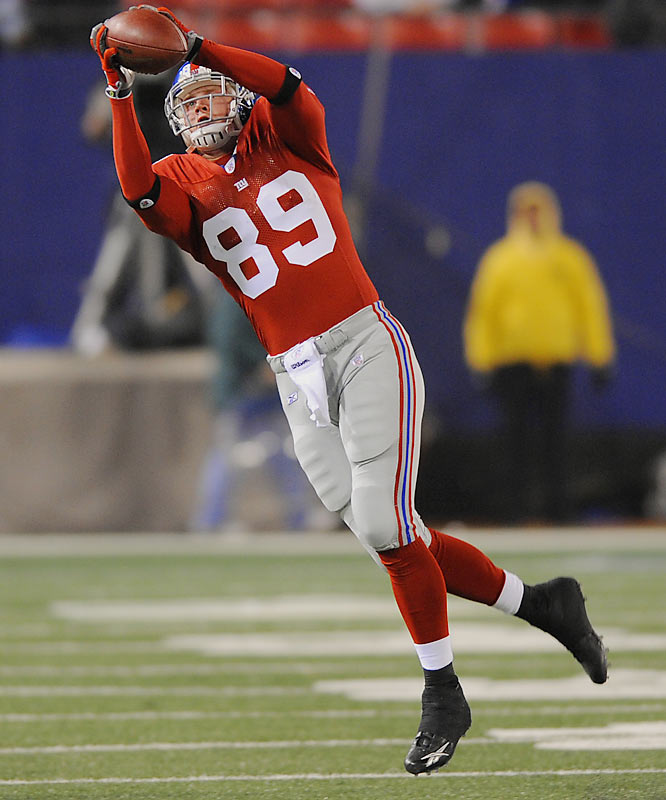 Giants tight end Jeremy Shockey broke his leg near the end of the season, and Boss has filled in admirably. The rookie out of Western Oregon caught four passes for 50 yards and a TD in Week 17 against the Pats. He appears to be a solid safety valve for Eli Manning.