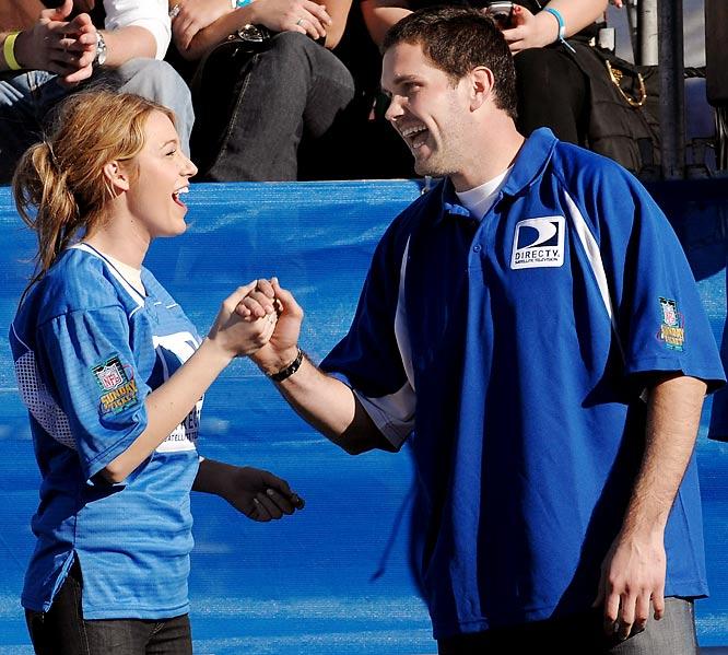 Matt Leinart loves the female celebrities. He shared a laugh with Gossip Girl's Blake Lively at Thursday's Beach Bowl.