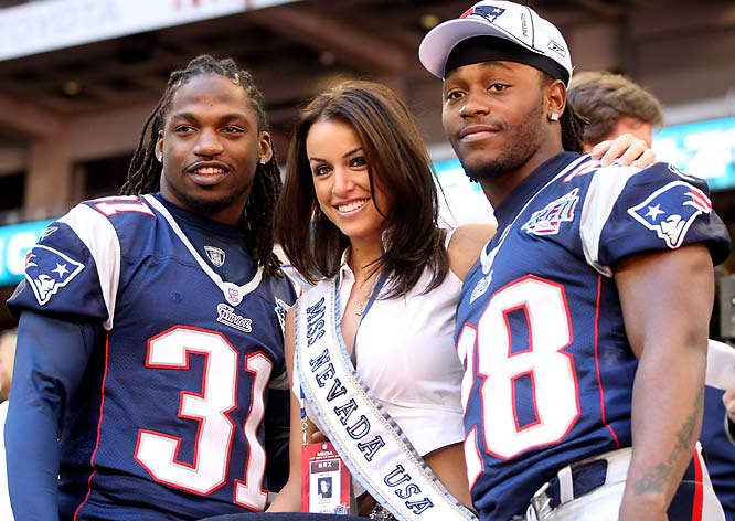 Journalists weren't the only ones having fun at Media Day. Miss Nevada, Veronica Grabowski, posed with Brandon Meriweather (left) and Antwain Spann...