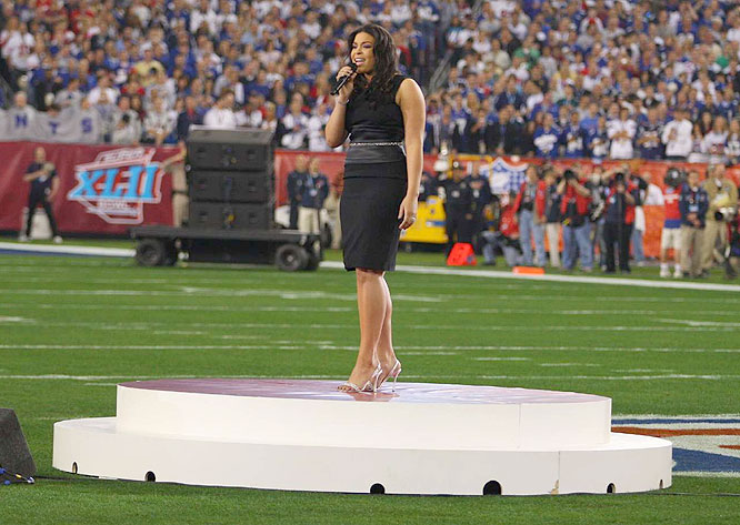 <i>American Idol</i> winner Jordin Sparks, the daughter of former Giants cornerback Phillippi Sparks, sang the national anthem.