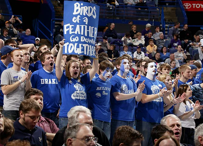 These Drake fans definitely bleed blue.