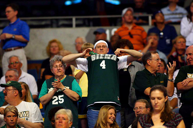 There is nothing as fun to watch as a middle-aged man popping his team's jersey.