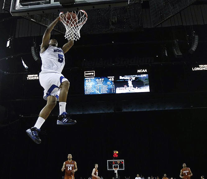 With its win over Texas on Sunday, Memphis (37-1) tied the NCAA Division I record for wins in a season.