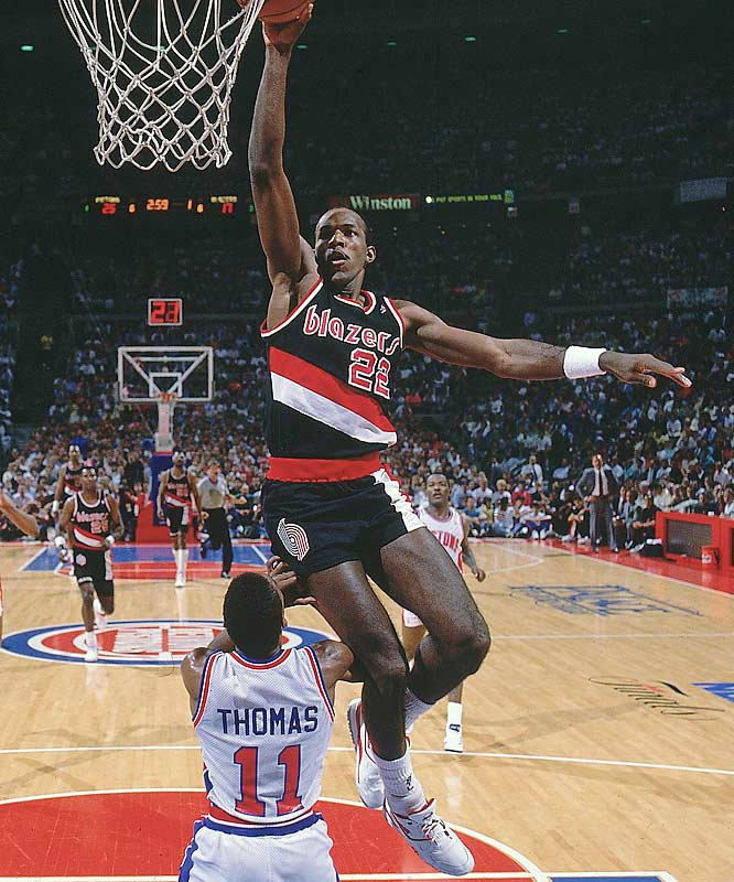 Clyde Drexler and the Trail Blazers hit the ground running as they posted a 19-1 mark to open the season. That followed that hot start off with a 16-game winning streak later in the season.