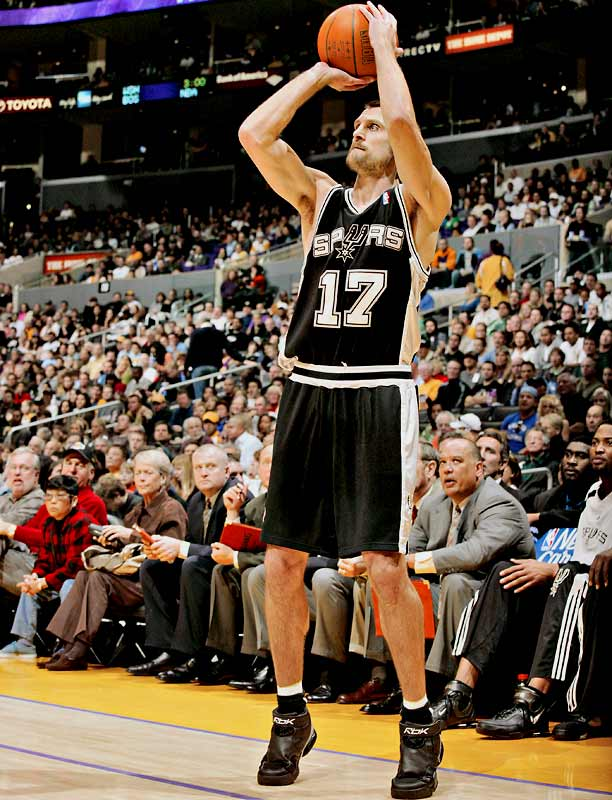 A consistent long-distance threat, Barry has shot at least 40 percent from three-point range eight times in 13 seasons. He led the league in that category in 2000-01 (47.6 percent).