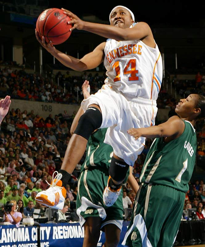 Alexis Hornbuckle nabbed four steals and nine rebounds in the Lady Vols' 74-64 win over Notre Dame.