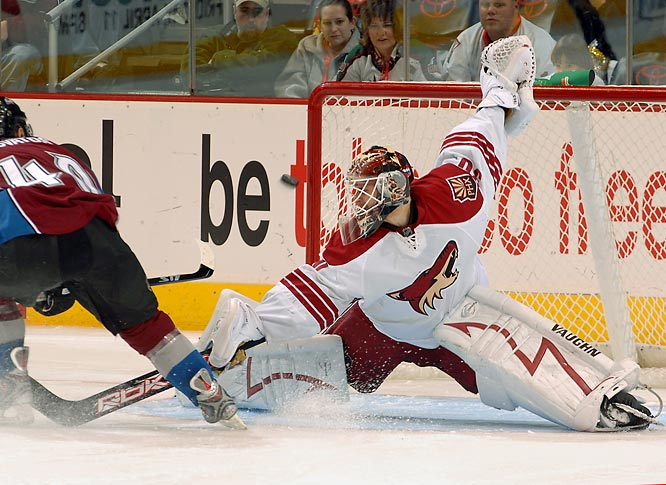 Bryzgalov's arrival from Anaheim on waivers in mid-November sparked the rise of Phoenix from cellar-dweller to playoff contender. A dark horse to grab the eighth spot in the West, the Coyotes face a brutal stretch drive against the NHL's best teams and need the third-year veteran to be almost flawless.