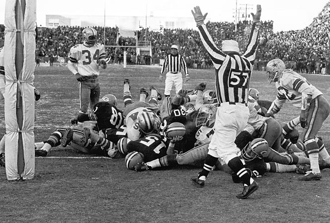The drama of an epic showdown between Green Bay and Dallas was only enhanced by temperatures of nearly 18 below. Quarterback Bart Starr scored on a last-minute dive into the endzone to lead the Packers to the Ice Bowl victory.