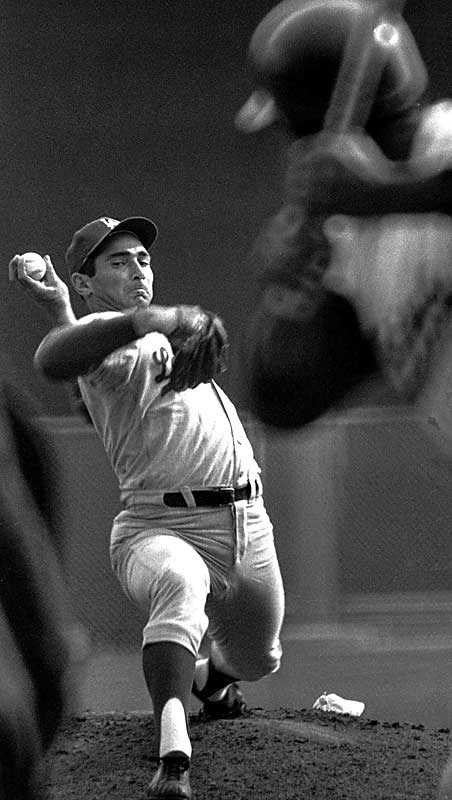 After throwing a shutout in Game 5, Hall of Fame left-hander Sandy Koufax returned on two days rest and did it again, striking out 10 batters in both games and winning the clincher 2-0.