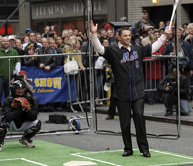 It was an interesting week for Mets third baseman David Wright. On Monday he took some hacks on the Late Show with David Letterman...