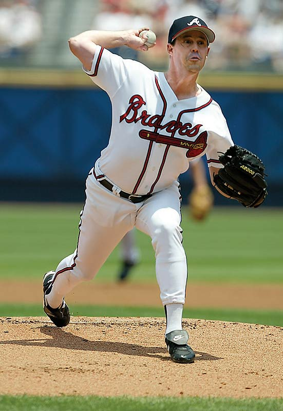 Maddux, who reached the mark on July 26, 2005, is one of just nine pitchers with 3,000 Ks and 300 wins. Coincidentally, he reached both milestones against the same team -- the Giants.