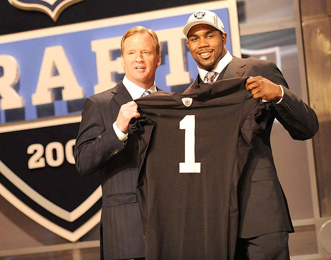 Despite a stocked backfield, the Raiders couldn't resist two-time Heisman runner-up Darren McFadden at No. 4.