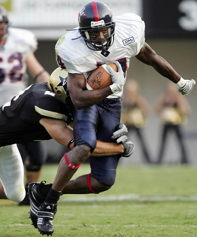 I know to be wary of the workout wonders, but Arman Shields killed every receiver and most of the other performers in the drills.  He was injured most of last year, but the rumor is the local scout for the Eagles was pissed that everyone now knows about him.  He had almost the entire NFL at his pro day which the school rarely ever has.  <br><br>Corey Goff<br> Atlanta