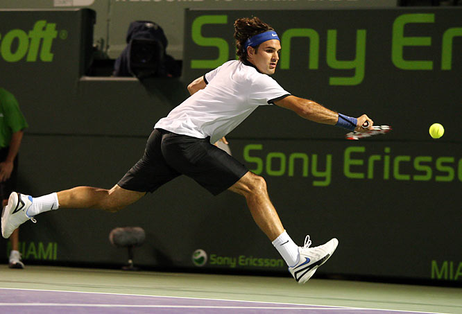 Roddick used his dominating serve to take advantage of Federer, who seemed just a half-step too slow.