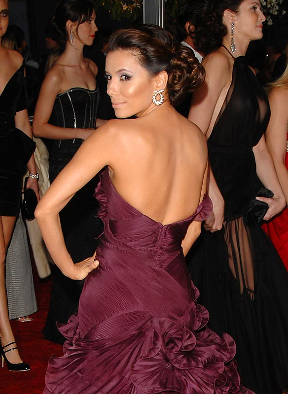 But Eva Longoria had to go solo because...
