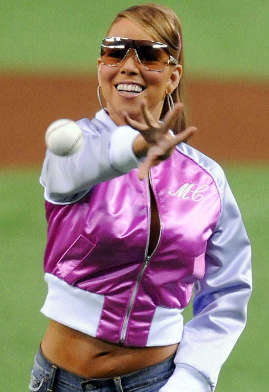 This picture can't do Mariah Carey's appearance before a game between the Yomiuri Giants and the Rakuten Eagles on Wednesday any justice. Find the video in Friday's Hot Clicks.