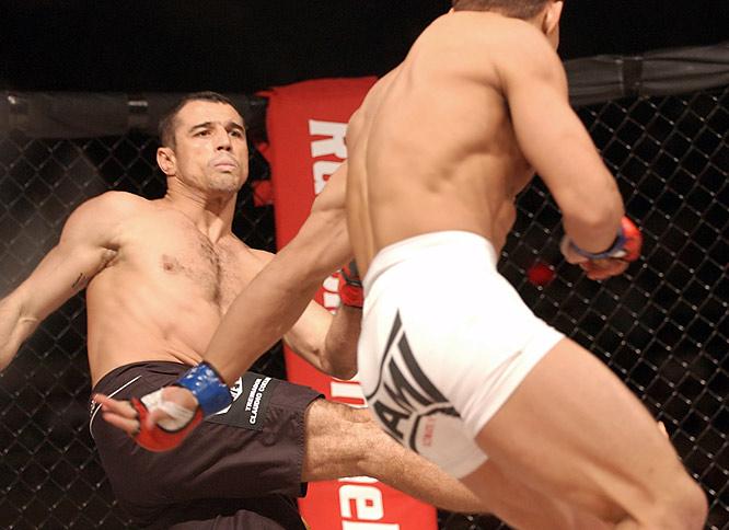 Royler, the son of Gracie Jiu-Jitsu founder Helio Gracie, is four-time World Jiu-Jitsu Black Belt champion.