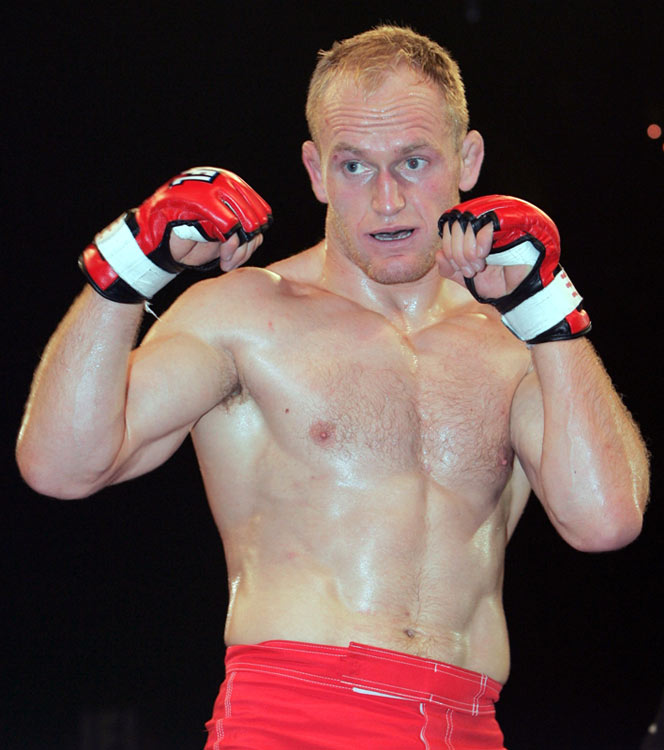 Schultz (19-9-1) dominated in 2007 and captured a huge upset victory against Chris Horodecki at the Grand Prix Finals in December, but Taurosevicius (pictured) is 9-2 and probably one of the most underrated fighters out there.