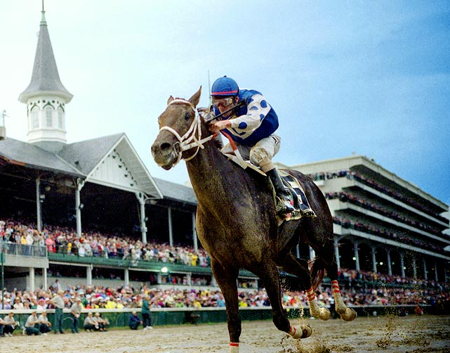 Ahead by 2 3/4 lengths, the 4-1 undefeated favorite annihilated the field to become just the second favorite to win the Derby since Spectacular Bid won in 1979. Smarty Jones won the second leg of the Triple Crown with a victory at the Preakness Stakes by a record margin of 11 1/2 lengths, but lost the Belmont Stakes by a length to 36-1 Birdstone .
