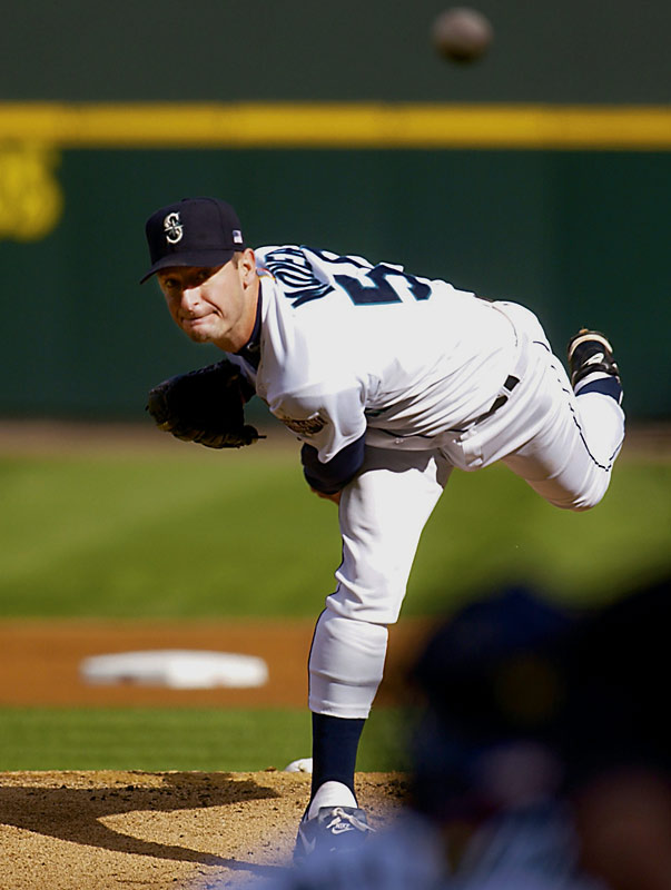 Matt Lawton with No. 50? Hello! Jamie Moyer is still playing and he's had two 20-win seasons! Not even a runner-up? Who is Benny Agbayani anyway?<br>-<i>free_Dickey</i>