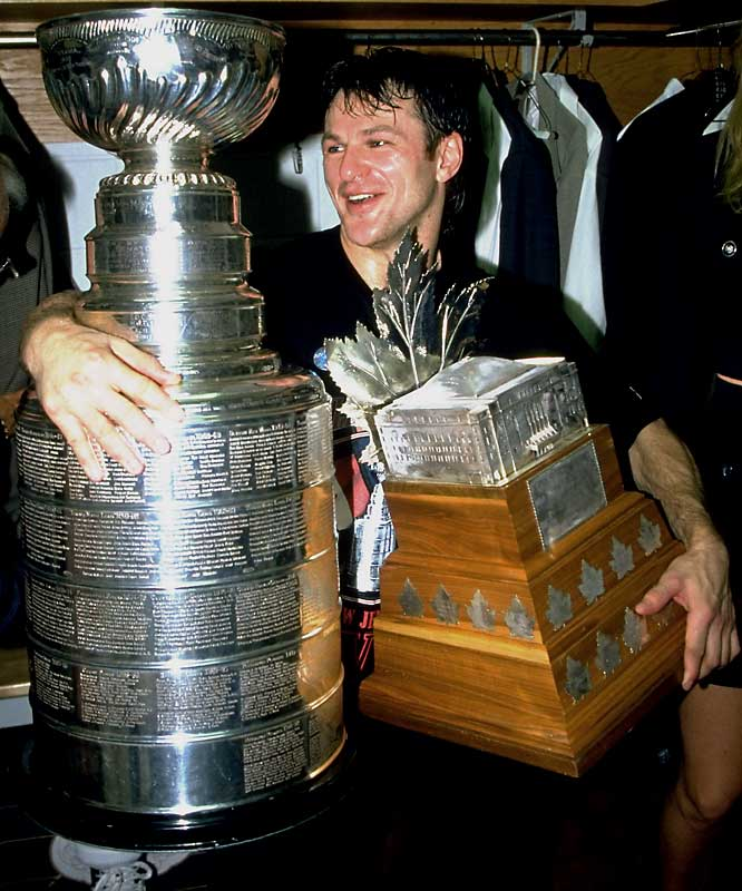 The infamous instigator was renowned for elevating his play in the postseason. After scoring only six goals and 13 points in 45 games for the Devils during the 1994-95 regular season, Lemieux exploded, lighting the lamp 13 times and scoring 16 points in 20 games while helping New Jersey win the first of three Cups. Famed for their stifling defense, the Devils have had backliner Scott Stevens win the Smythe (2000), but not goaltender Martin Brodeur.