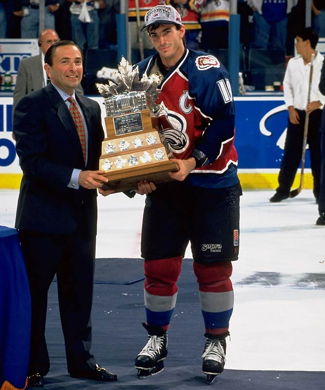 In their first season in Colorado after moving from Quebec, the Avalanche won their first Cup after the team's 1987 first-round draft pick went on a scoring tear -- leading all postseason players with 18 goals and 16 assists in 22 games. Sakic set a postseason record, since broken by Tampa Bay's 2004 Smythe-winner Brad Richards, of six game-winning goals and dished a single-game record four assists in Game 2 of the Cup final vs. Florida.