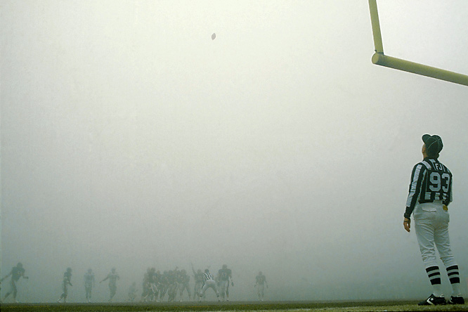 The Bears scored a 20-12 victory over the Eagles in a divisional playoff game best remembered for the dense fog that rolled onto Soldier Field in the second quarter.