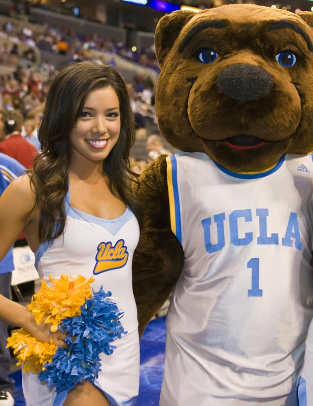 Meet Elise, a pre-med student and proud member of the UCLA dance team. When she's not rooting on her Bruins, Elise enjoys dancing to the most current pop music and eating pizza and cookies. Want to find out more? Click on the 20 Questions link below.