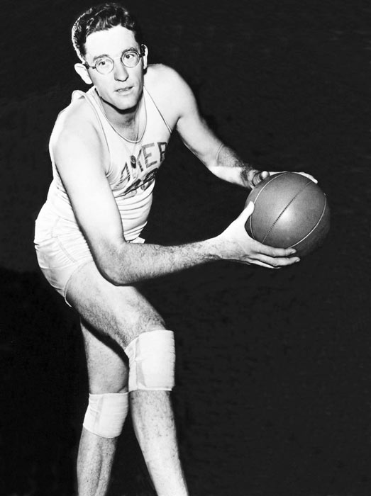 George Mikan (1924, pictured) <br>Del Harris (1937) <br>Lou Brock (1939) <br>Andres Galarraga (1961) <br>Bruce Smith (1963) <br>Doug Bodger (1966) <br>Sandy Alomar (1966) <br>Keith Poole (1974) <br>Martin St. Louis (1975) <br>Antonio Gates (1980) <br>Richard Gasquet (1986)