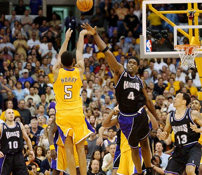 They didn't call him Big Shot Rob for nothing. With his Lakers trailing in the final seconds of Game 4 of the '02 Western finals in Los Angeles, Robert Horry collected a batted ball by Vlade Divac beyond the three-point arc and calmly buried a dagger from straight on. The buzzer-beater gave L.A. a 100-99 victory and evened the series at 2-2. They would go on to win it, and eventually the third of three straight NBA titles.
