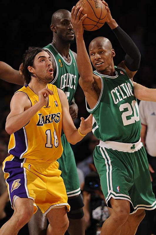 Ray Allen led Boston's offensive charge, scoring 25 points and nailing five three-pointers.