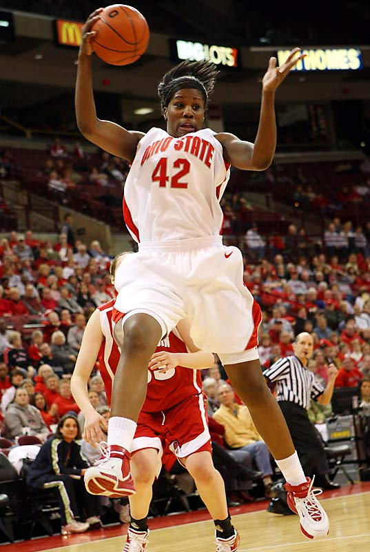 The first freshman, male or female, to be named Big Ten Player of the Year, Lavender helped lead Ohio State to the Big Ten title. An honorable mention All-America, she averaged 17.6 points on 51 percent shooting to go with 9.9 rebounds per game.