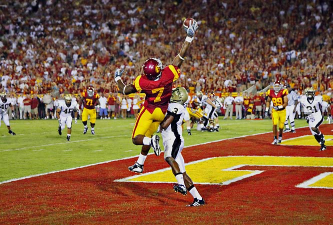 USC's Vidal Hazelton makes a leaping, one-handed touchdown grab over Idaho's Breyon Williams.