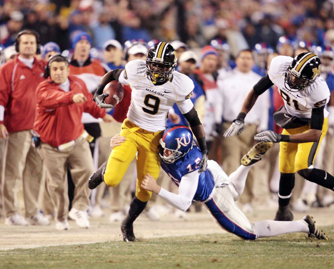 Although Missouri ended up losing to Oklahoma in the Big 12 championship game -- blowing a chance at a BCS title game birth -- the 116th installment of the Border War was undoubtedly the biggest, matching up the season's two Cinderella teams. Chase Daniel guided the Tigers to victory by throwing for 361 yards and three touchdowns.