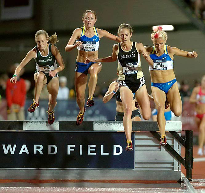 Anna Willard left fellow qualifiers Lindsey Anderson and Jennifer Barringer in the dust as she broke the American record in the 3,000-meter steeplechase, shaving more than a second off the previous record.
