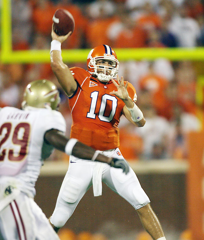Harper enjoyed surprising success as a first-year starter in 2007, throwing 27 touchdowns to just six interceptions and rewriting the Clemson record books. If Clemson lives up to expectations, Harper could be a sleeper Heisman candidate.