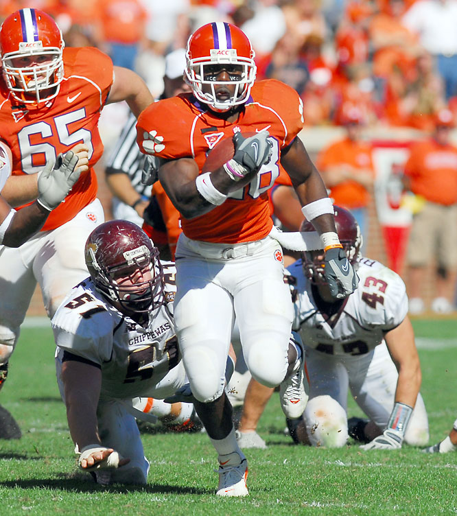 Clemson's homerun threat out of the backfield is one of the most exciting players to watch in college football. Combining lightning speed and fabulous juking ability, Spiller is almost impossible to take down in the open field.
