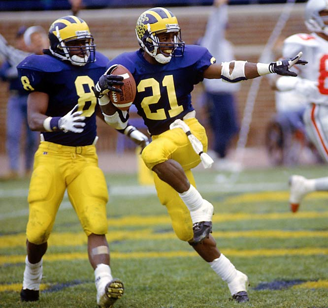 Even though Braylon Edwards broke a lot of his records in 2004, wide receiver and kick returner Desmond Howard set numerous NCAA and Michigan records and became Michigan's second Heisman Trophy winner (with a record 85 percent of the first place voting) while also winning the Maxwell Award, Walter Camp Award and First Team All-America honors. In his last season at Michigan, Howard scored  22 touchdowns: 19 receiving, two rushing and one off a kick return to lead the Big Ten in scoring (138). Selected fourth overall in the 1992 NFL Draft by the Washington Redskins, Howard went on to have an 11-year career and won the Super Bowl XXXI MVP as a member of the Green Bay Packers.