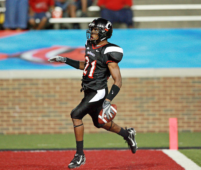Mickens is a true lockdown corner with a physical mentality. But opposing quarterbacks don't have the luxury of picking on Cincy's other corner, DeAngelo Smith, because he led the NCAA with eight interceptions last season.