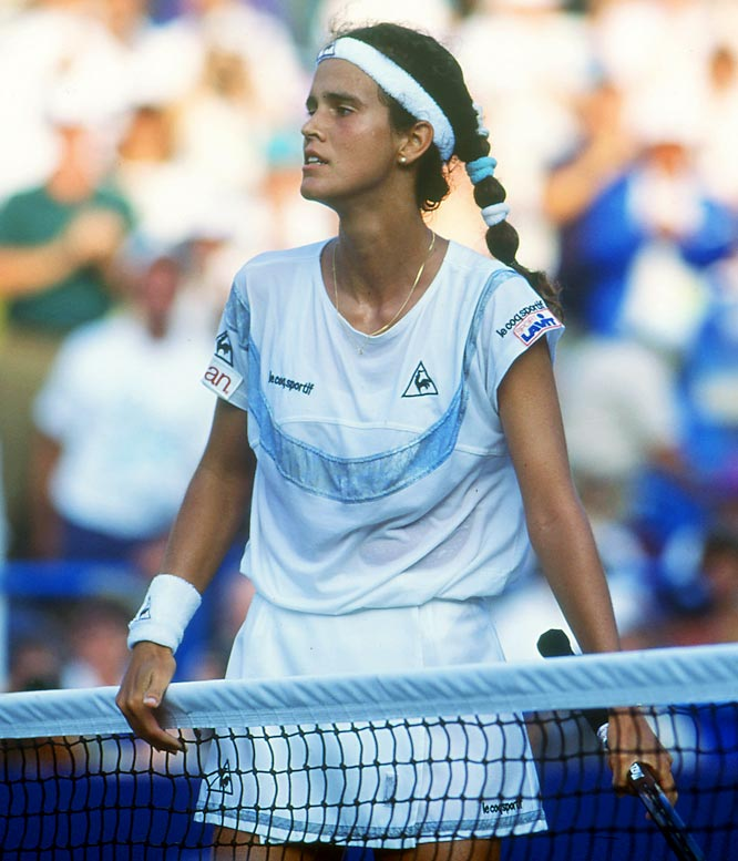 Mary Joe Fernandez (14-years and eight-days-old) beats Sara Gomer and becomes the youngest player to win a U.S. Open match.