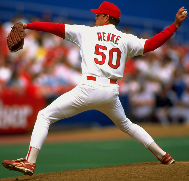 Tom Henke records his 300th career save as the Cardinals edge Atlanta 4-3. The Kansas City native becomes the seventh pitcher in major league history to reach the milestone.