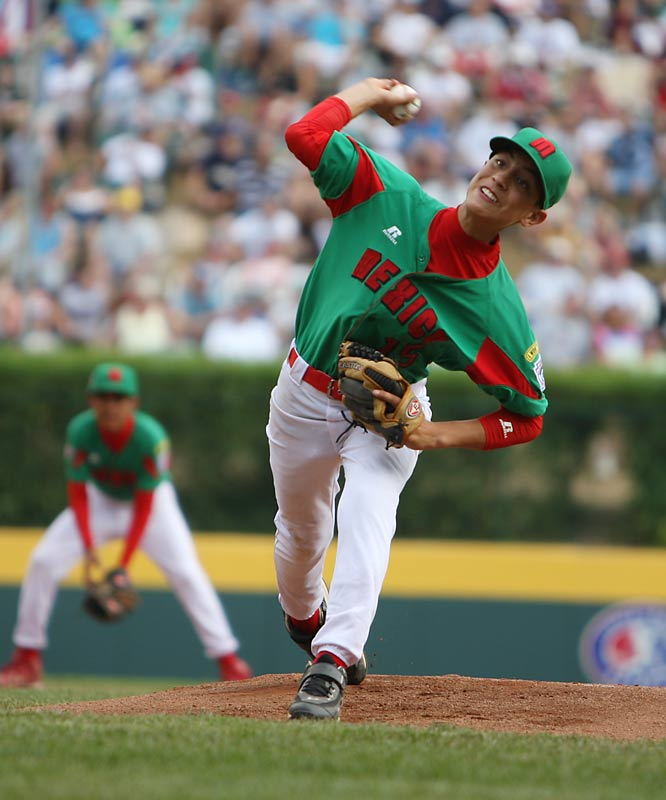 Although Mexico's starting pitcher Sergio Rodriguez only worked 2 2/3 innings, he managed to strike out seven batters.