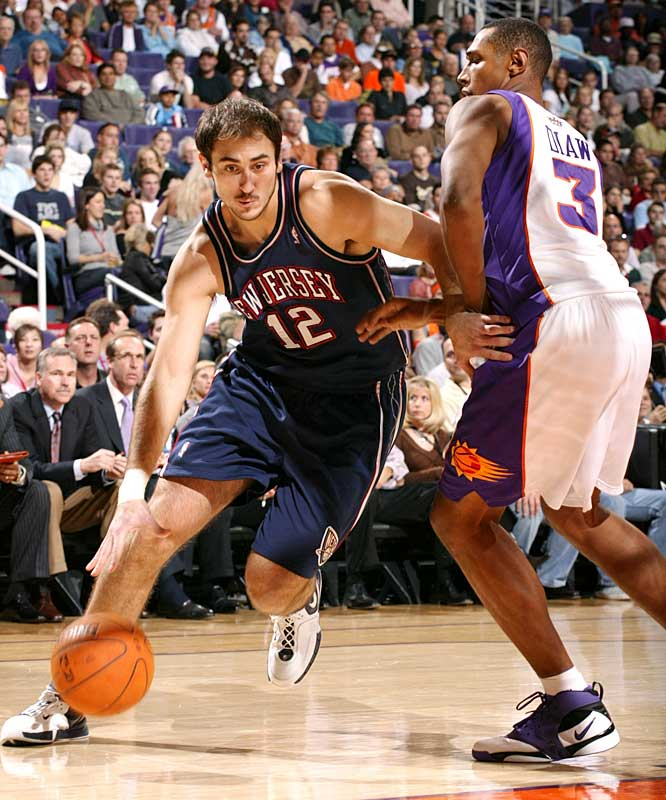 The 6-11 center, a restricted free agent with the Nets, signed a two-year deal with the Russian club. Krstic looked to be a big part of the Nets' future when he averaged 13.5 points and 6.4 rebounds in 2005-06 and increased those numbers to 16.4 ppg and 6.8 rpg the first 26 games of 2006-07. But he tore his ACL in December 2006 and struggled in his return last season. He's no stranger to overseas play, having spent four seasons in Yugoslavia before joining the Nets in 2004.