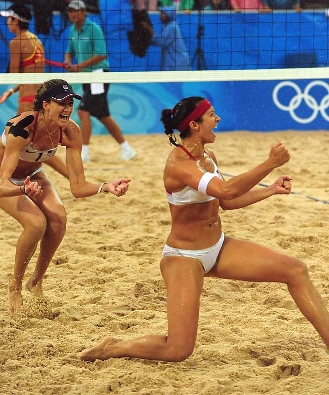 The rain couldn't stop Kerri Walsh and Misty May-Treanor from winning their second straight gold.