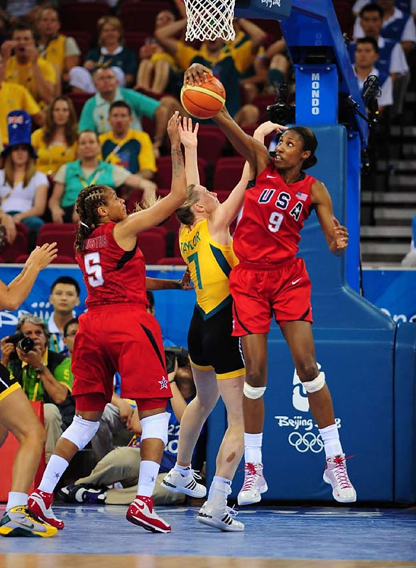 Lisa Leslie of the U.S. during the gold medal game against Australia.