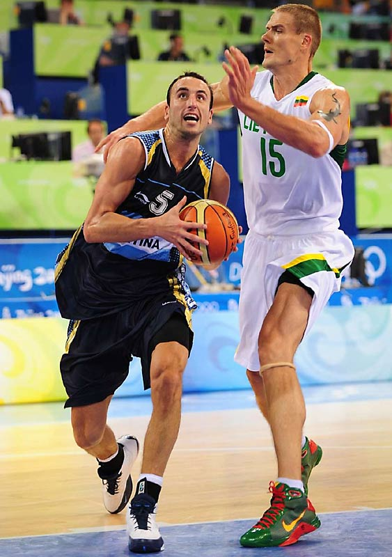 Argentina's Manu Ginobili battles Lithuania's Robertas Javtokas in the men's preliminary round.