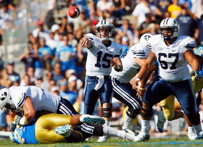 Hall, who transferred to BYU from Arizona State, headlines a talented team with BCS bowl aspirations. As a sophomore, Hall averaged 296 passing yards per game, threw 26 touchdown passes and was intercepted 12 times. With nine returning starters on BYU's offense, Hall and the Cougars should put up some points in '08.