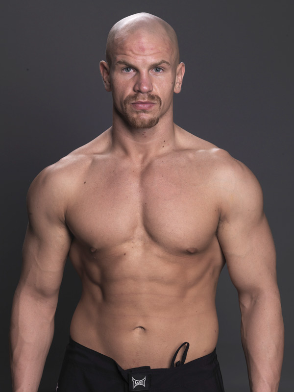 Age: 26<br>MMA Record: 6-1-0<br>Trains With:  Titans MMA<br>Location: Halifax, Nova Scotia