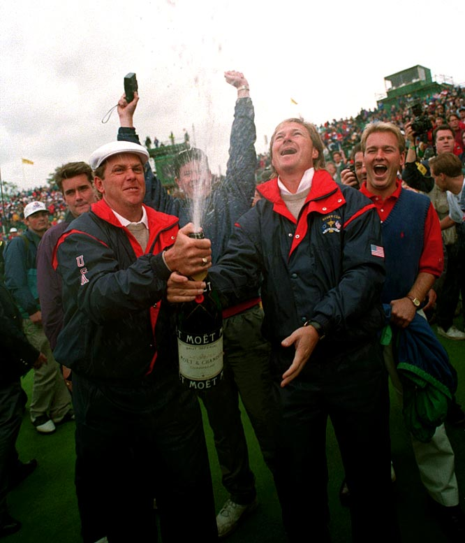 At the 30th Ryder Cup, the U.S. beats Europe, 15-13, at The Belfry, England.