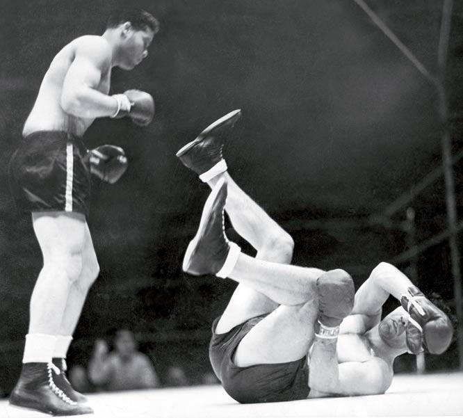 Joe Louis knocks out Max Schmeling in 1938.
